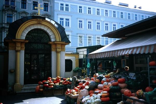 Jubileumra készülődik a Naschmarkt