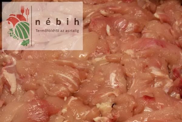 Három és fél tonna terméket foglalt le a NÉBIH egy húsnagykereskedésben