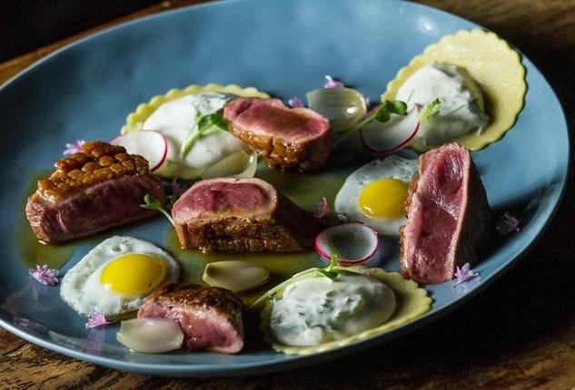 A Thrillist szerint a Rosenstein a legikonikusabb magyar étterem