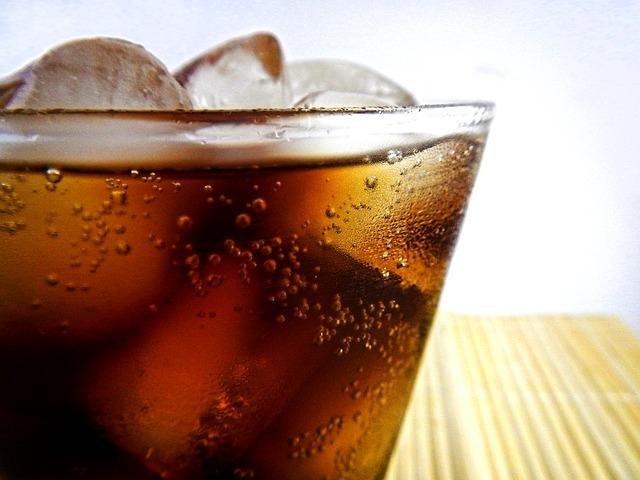 Csökkentik az üdítők cukortartalmát a gyártók
