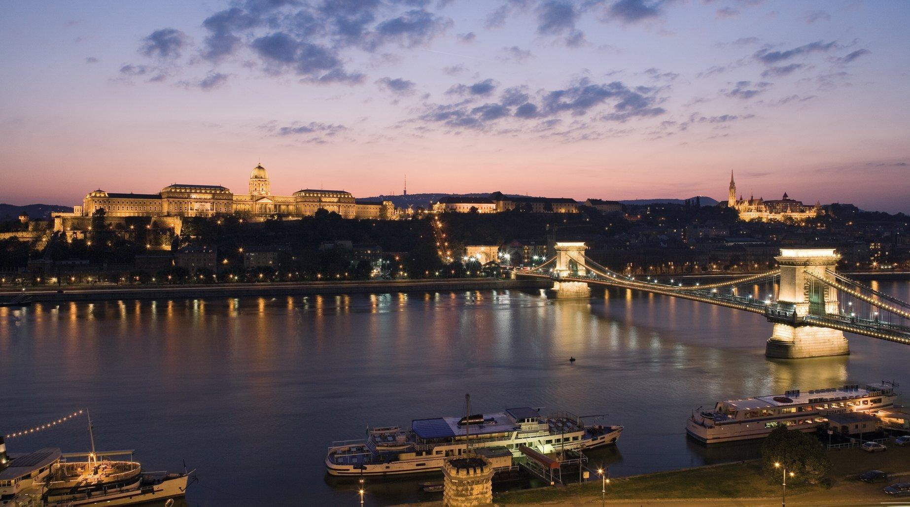 Új Igazgató a Sofitel Budapest Chain Bridge Hotel élén