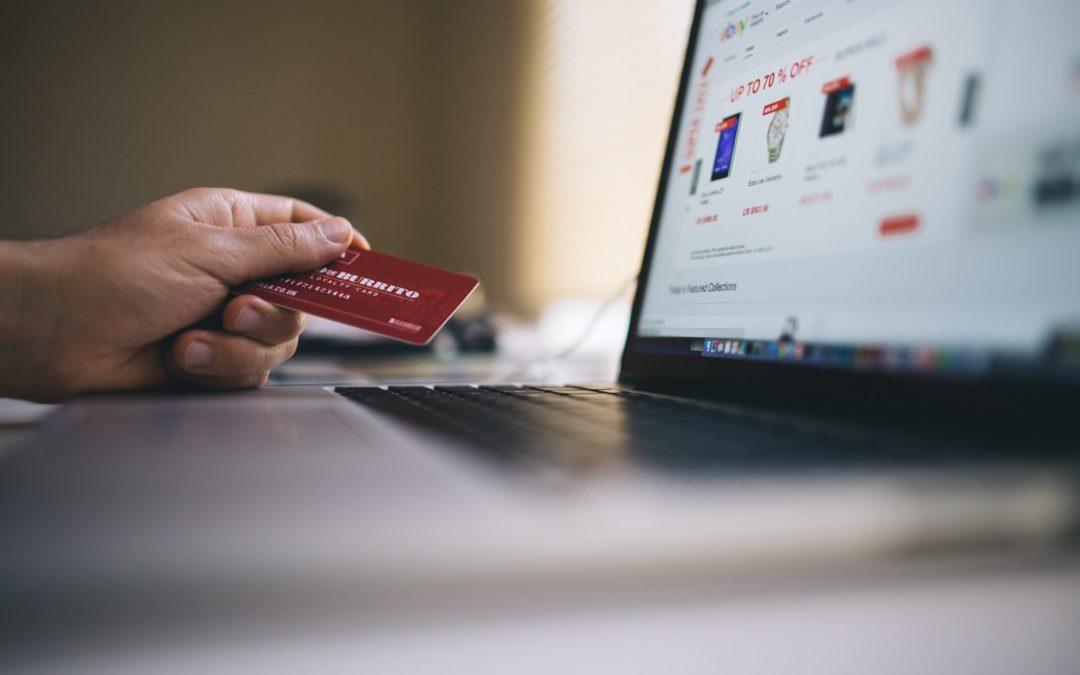 A négy fal között virágzik az online kereskedelem