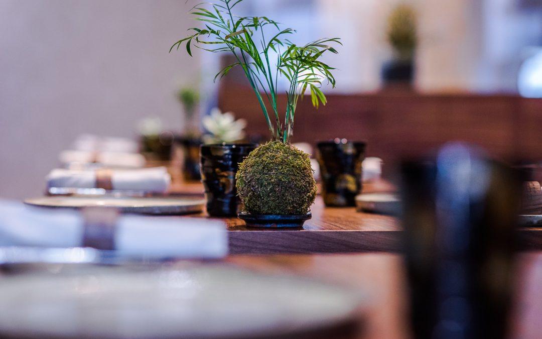 """A Michelin csillagos éttermek közül elsőként nyitott újra a Costes Downtown, aminek már """"okosfesték""""is tisztítja a levegőjét"""