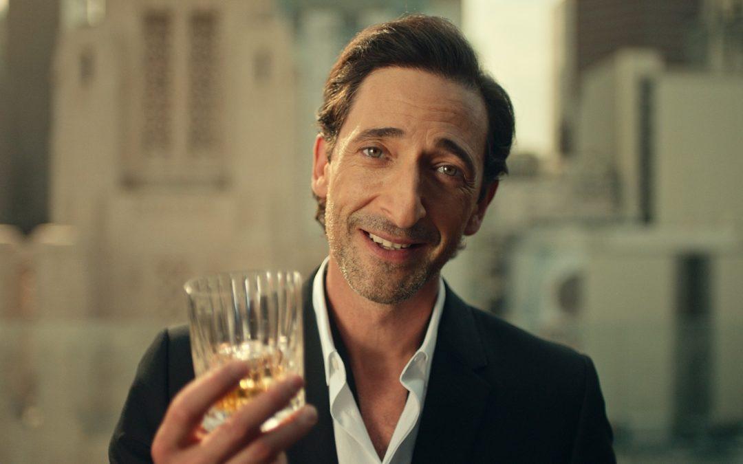 Magyarul szólal meg a hollywoodi filmsztár egy új reklámfilmben